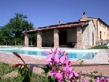Self catering villa in Tuscany with a swimming pool