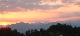 Sunset at La Scala, a house to rent in Lunigiana, Tuscany