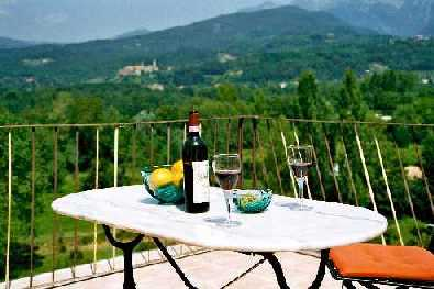 Il Cielo, a house to rent in Lunigiana, villa in Tuscany